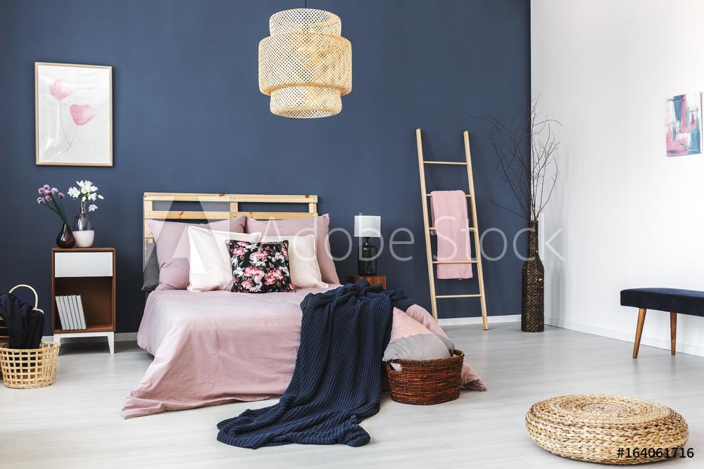Chambre parentale-maison-deco-bleu-design
